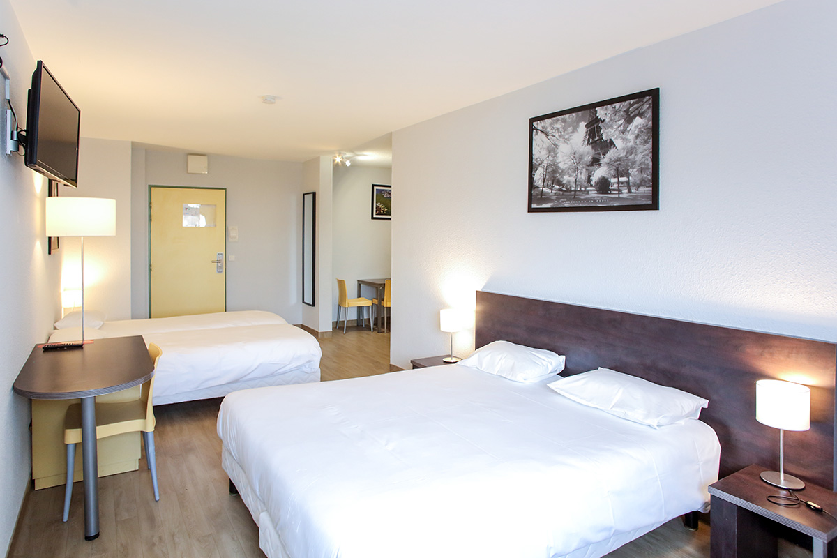 Apparthotel torcy chambre studio familial for Appart hotel torcy